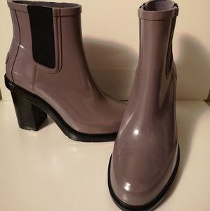 Hunter Heel Boots.Mauve in color.New.No box.